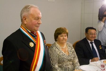 4. Виктору Васильевичу - 75 лет